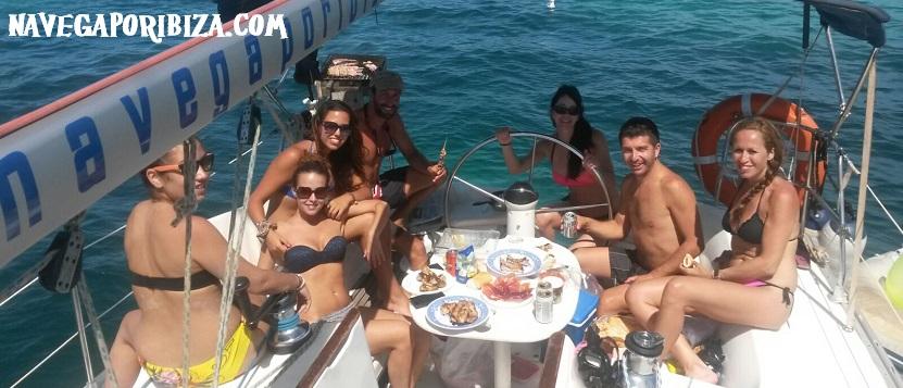 barbacoa en barco ibiza y Formentera